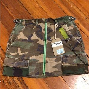 LF distressed camp skirt